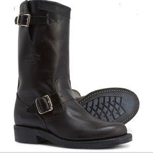 Chippewa 11 Raynard Harness Pull On Leather Boots